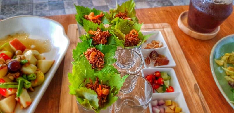 Żywność organiczna helpty zielony napój zdjęcia royalty free