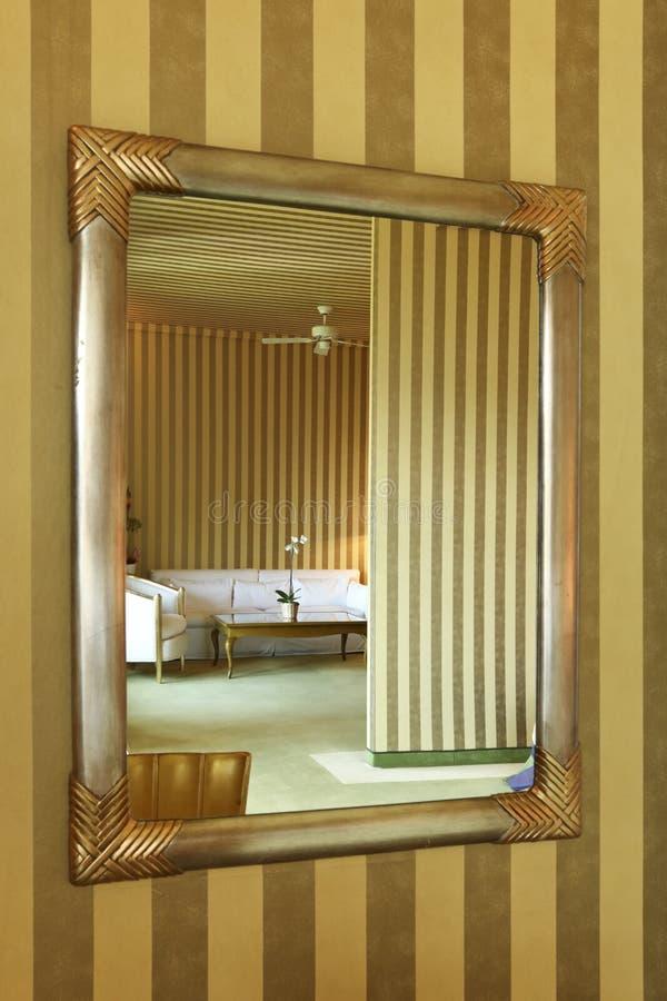 żywy lustrzany pokój zdjęcie stock
