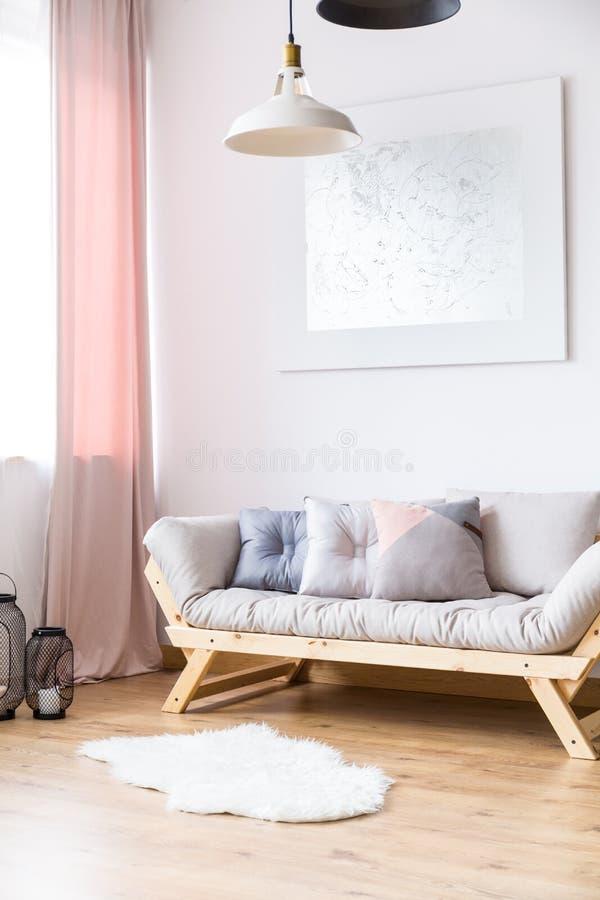 Żywy pokój z srebnym obrazem fotografia royalty free