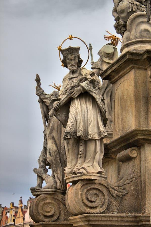 Άγαλμα ενός αποστόλου στην ιερή στήλη τριάδας σε Olomouc στοκ φωτογραφία με δικαίωμα ελεύθερης χρήσης