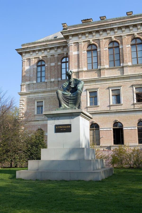 άγαλμα επισκόπων josip juraj strossmayer στοκ φωτογραφίες