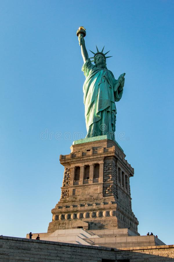 Άγαλμα της ελευθερίας, στο νησί ελευθερίας στοκ εικόνα με δικαίωμα ελεύθερης χρήσης