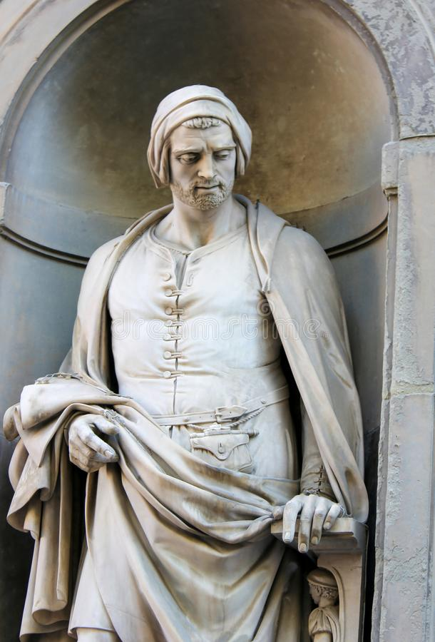 Άγαλμα της Nicola Pisano στην κιονοστοιχία Uffizi, Φλωρεντία στοκ εικόνες
