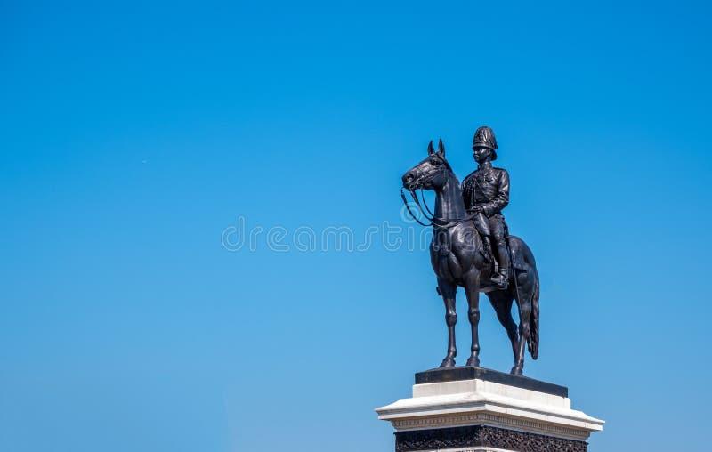 Άγαλμα του βασιλιά Rama Β ο μεγάλος της Ταϊλάνδης στοκ φωτογραφία