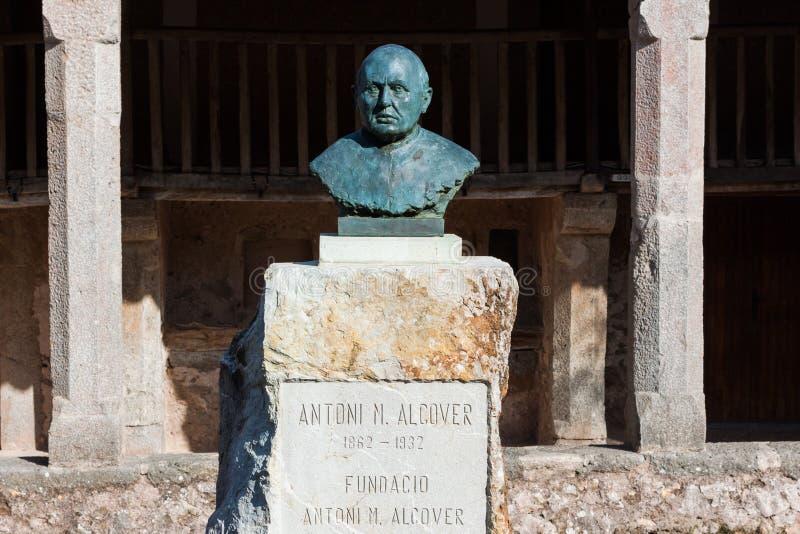 Άγαλμα του πατέρα Antoni Maria Alcover ι Sureda Santuari de Lluc στοκ φωτογραφίες με δικαίωμα ελεύθερης χρήσης