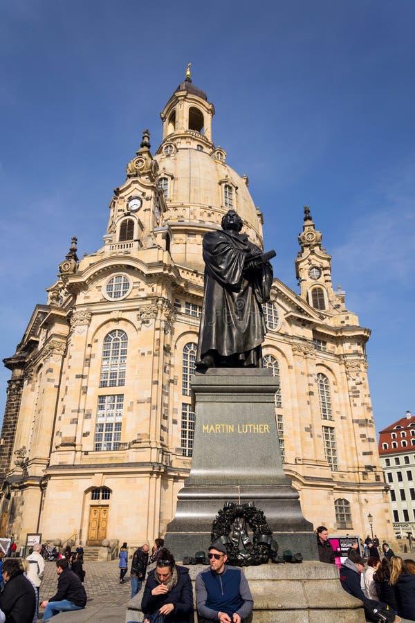 Άγαλμα του Martin Luther μπροστά από Frauenkirche, Δρέσδη, Γερμανία στοκ εικόνες