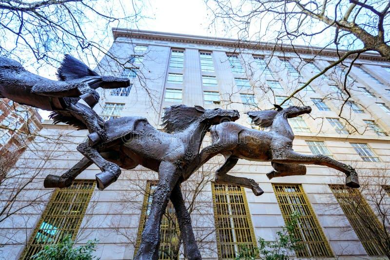 Άγαλμα τριών τρέχοντας αλόγων Gus J Solomon Ηνωμένες Πολιτείες στοκ εικόνες