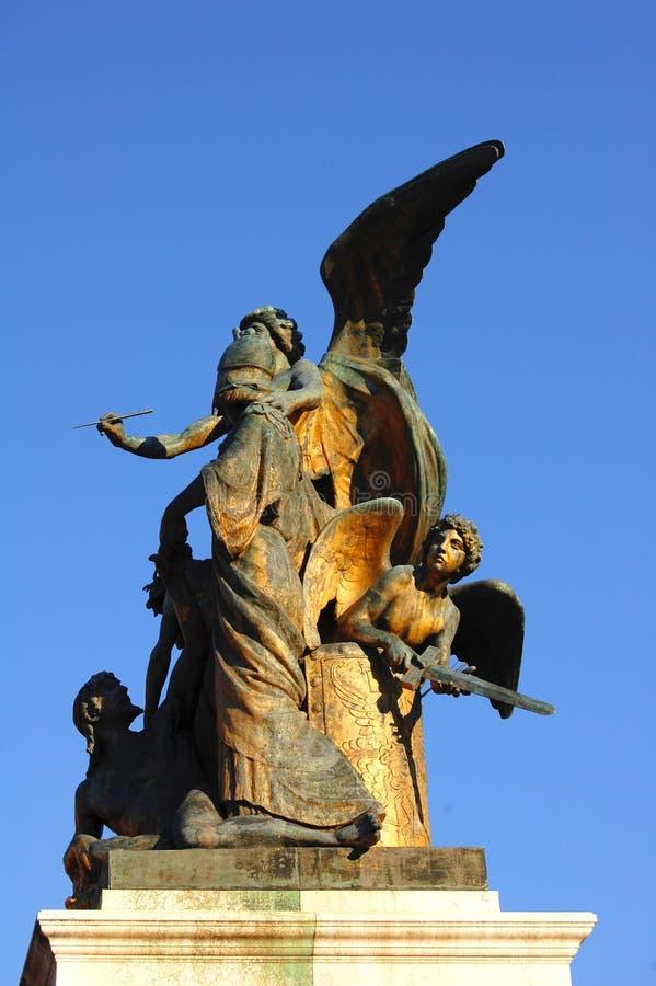 Άγαλμα χαλκού στο Victor Emmanuel Monument   στοκ εικόνα με δικαίωμα ελεύθερης χρήσης