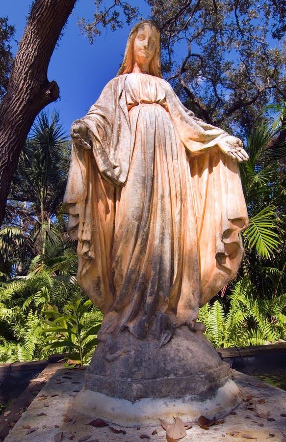 άγαλμα 2 εκκλησιών στοκ εικόνες με δικαίωμα ελεύθερης χρήσης