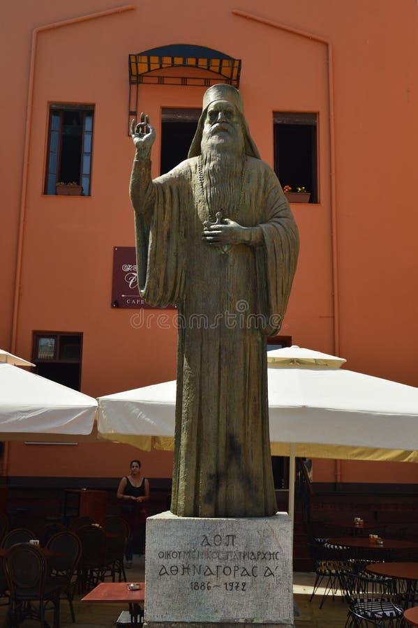 Άγαλμα Athenagoras Ι σε ένα τετράγωνο Chania Ταξίδι αρχιτεκτονικής ιστορίας στοκ εικόνες με δικαίωμα ελεύθερης χρήσης
