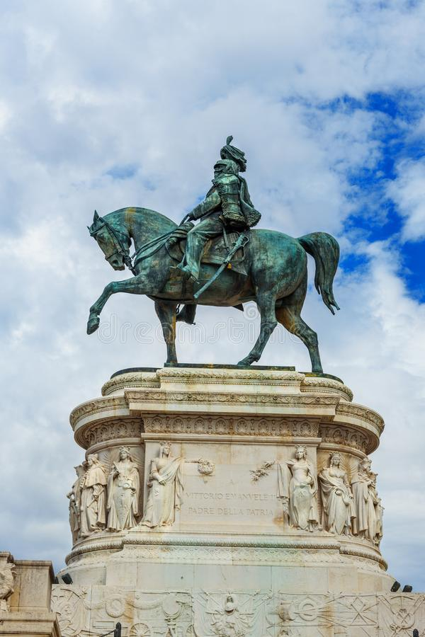 Άγαλμα Vittorio Emanuele ΙΙ σε Vittorio Emanuele ΙΙ μνημείο ή Vittoriano Ρώμη Ιταλία στοκ εικόνα με δικαίωμα ελεύθερης χρήσης
