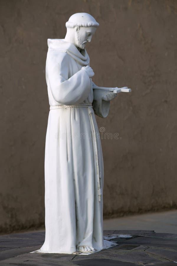Άγαλμα Αγίου Francis Assisi στοκ φωτογραφία