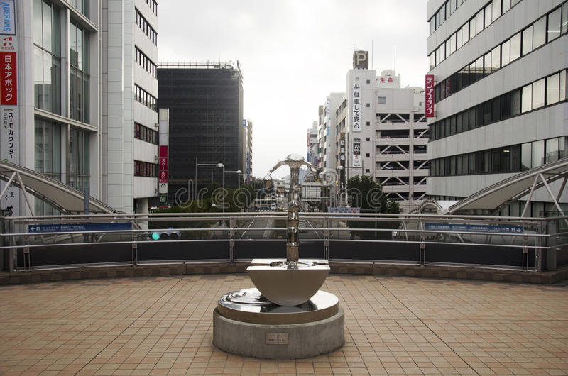 Άγαλμα ανοξείδωτου τέχνης με τη εικονική παράσταση πόλης άποψης της πόλης της Σαϊτάμα στοκ φωτογραφίες με δικαίωμα ελεύθερης χρήσης