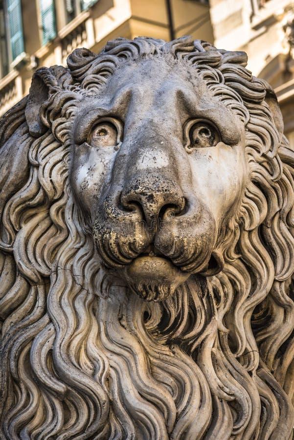 Άγαλμα λιονταριών του καθεδρικού ναού SAN Lorenzo, Di Γένοβα, Λιγυρία Duomo στοκ φωτογραφίες με δικαίωμα ελεύθερης χρήσης