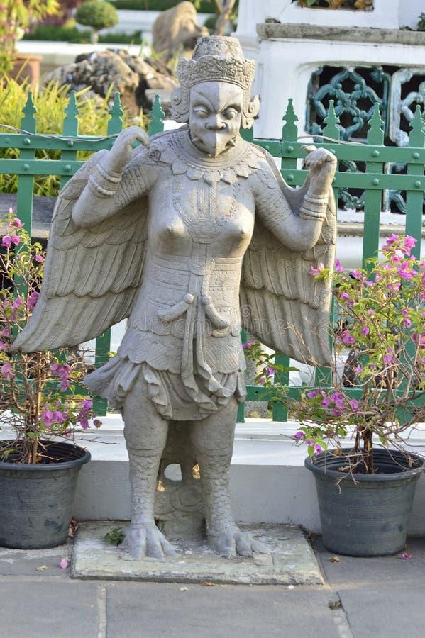 Άγαλμα ραχών στο wat arun στοκ φωτογραφία με δικαίωμα ελεύθερης χρήσης