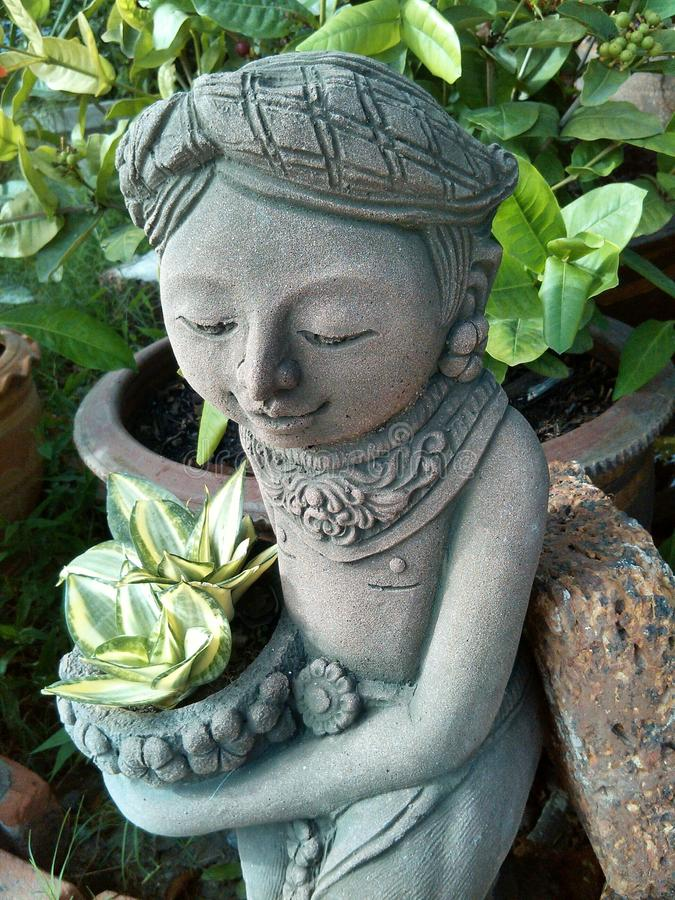 Άγαλμα της γυναίκας στοκ φωτογραφία με δικαίωμα ελεύθερης χρήσης