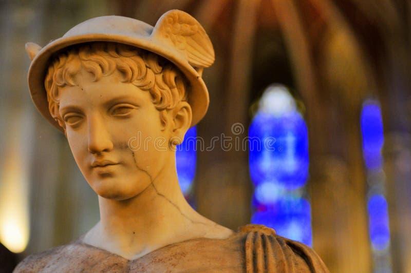 Άγαλμα της Hermes/υδράργυρος στοκ εικόνα με δικαίωμα ελεύθερης χρήσης