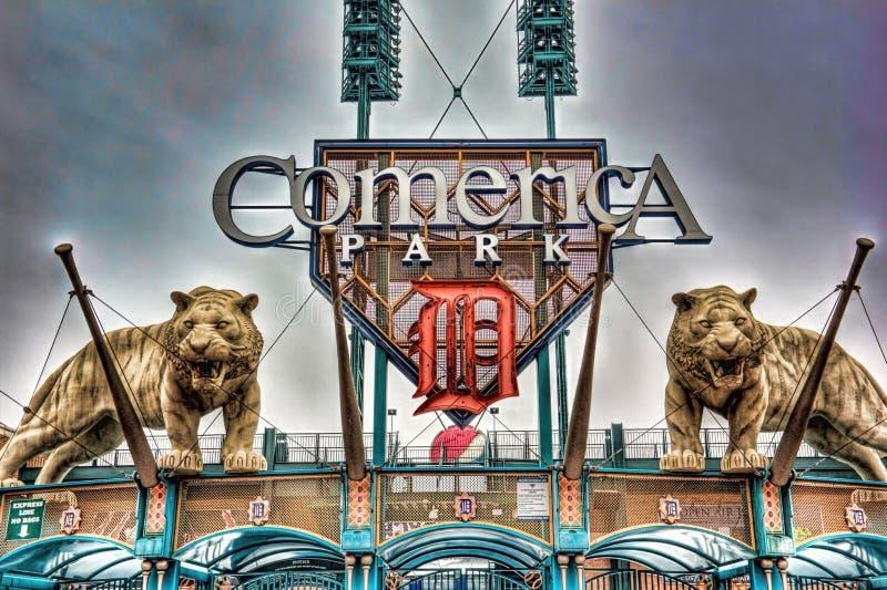 Άγαλμα τιγρών στο πάρκο Comerica στοκ εικόνα
