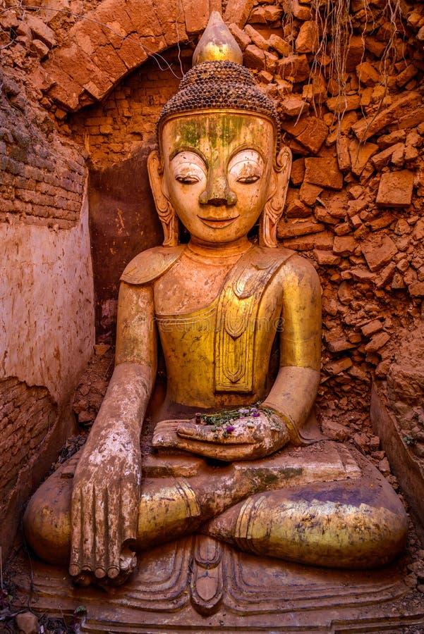 Άγαλμα του Βούδα σε Bagan, Βιρμανία (το Μιανμάρ) στοκ φωτογραφίες
