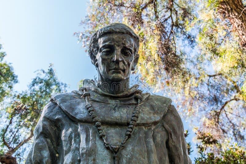 Άγαλμα του πατέρα Serra στο πάρκο Presido, Σαν Ντιέγκο στοκ εικόνες με δικαίωμα ελεύθερης χρήσης