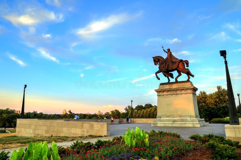 Άγαλμα του Σαιντ Λούις στοκ φωτογραφίες