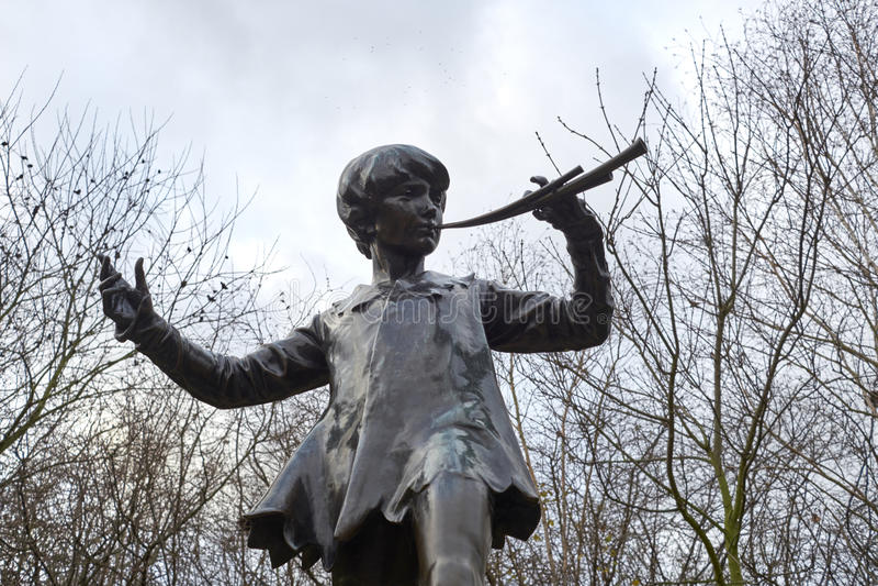 Άγαλμα του Peter Pan στοκ φωτογραφίες