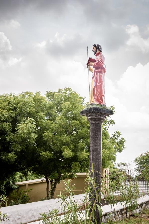 Άγαλμα του ST Thomas ο απόστολος στοκ εικόνες