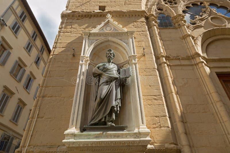 Άγαλμα χαλκού Αγίου Matthew (συντεχνία των μετατροπέων χρημάτων και στοκ φωτογραφίες