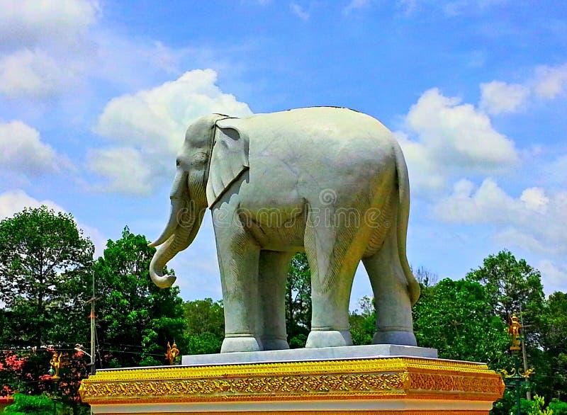 Άγαλμα Elephent στοκ φωτογραφία με δικαίωμα ελεύθερης χρήσης