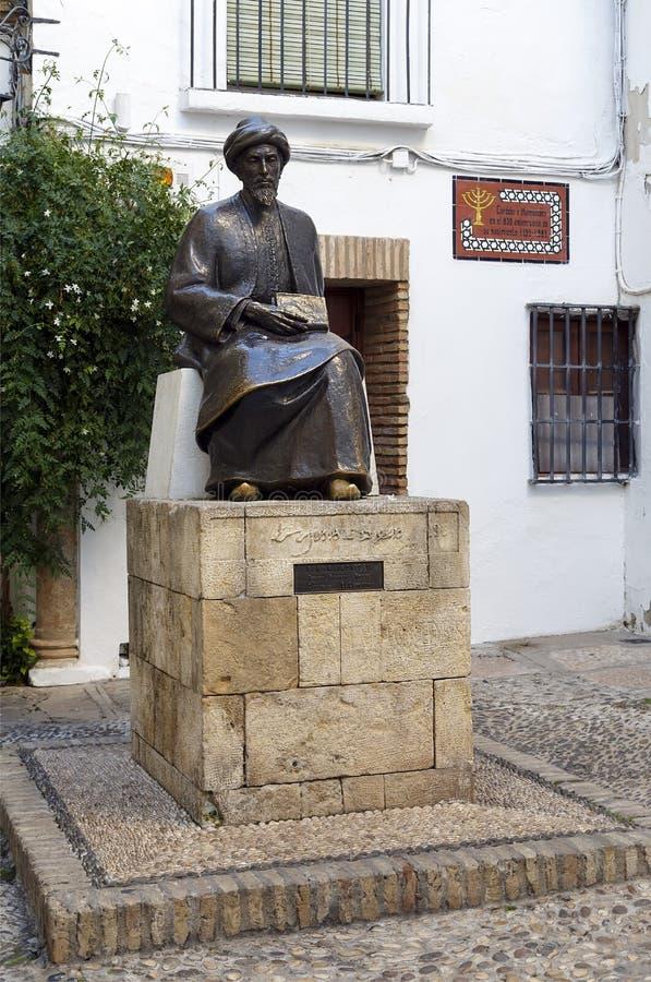 Άγαλμα Maimonides στην Κόρδοβα, Ισπανία. στοκ φωτογραφία με δικαίωμα ελεύθερης χρήσης