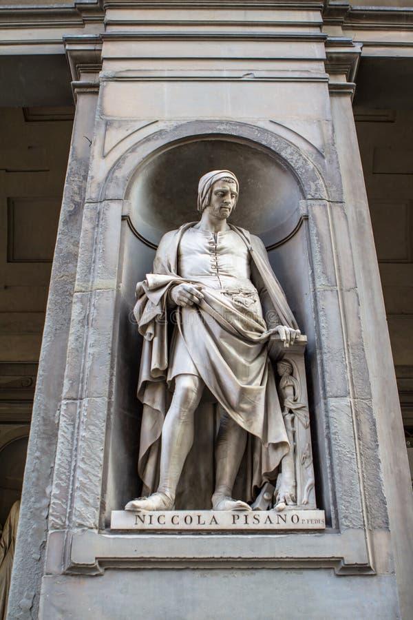 Άγαλμα Niccola Pisano, Φλωρεντία, Ιταλία στοκ εικόνες