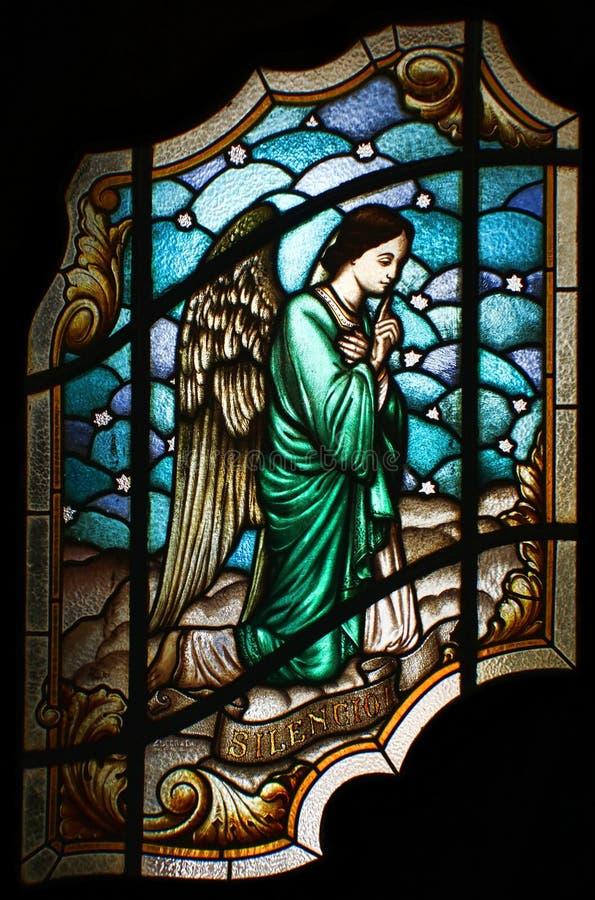 άγγελος που ρωτά τη σιωπή στοκ εικόνες