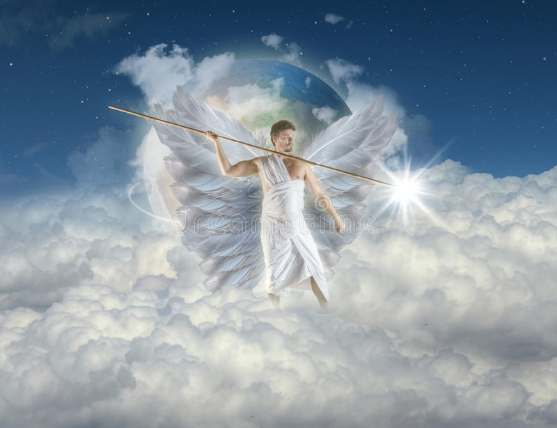 Άγγελος με τη λόγχη στοκ εικόνα