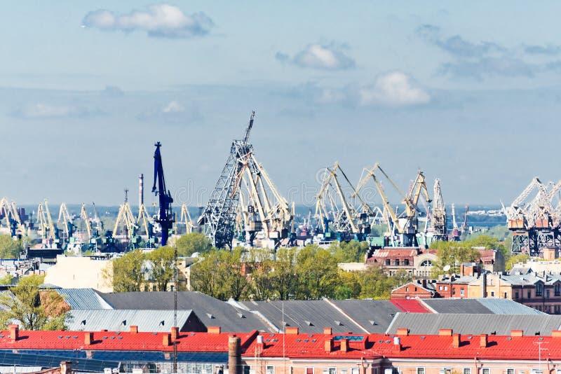 Άγιος Πετρούπολη από τον καθεδρικό ναό Αγίου Isaac στοκ εικόνες