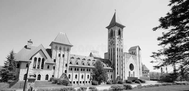Άγιος Benedict Abbey στην Άγιος-Benoit-du-Lacoit-du-λάκκα στοκ εικόνα με δικαίωμα ελεύθερης χρήσης