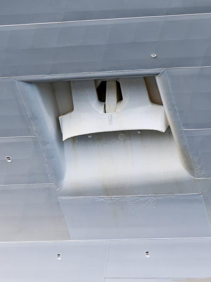 Άγκυρα ενός μεγάλου κρουαζιερόπλοιου στοκ εικόνες
