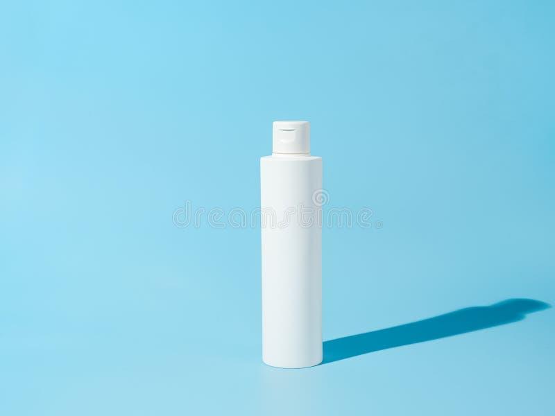 Άδειο λευκό πλαστικό αδιαφανές φιαλίδιο στοκ φωτογραφίες με δικαίωμα ελεύθερης χρήσης