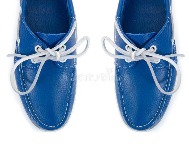 Download Άκρη των αρσενικών παπουτσιών που απομονώνεται στο λευκό Στοκ Εικόνες - εικόνα από βακκινίων, τακούνια: 62708304