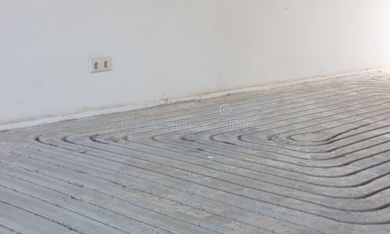 Άλεση στο τσιμεντένιο πάτωμα στοκ εικόνα με δικαίωμα ελεύθερης χρήσης