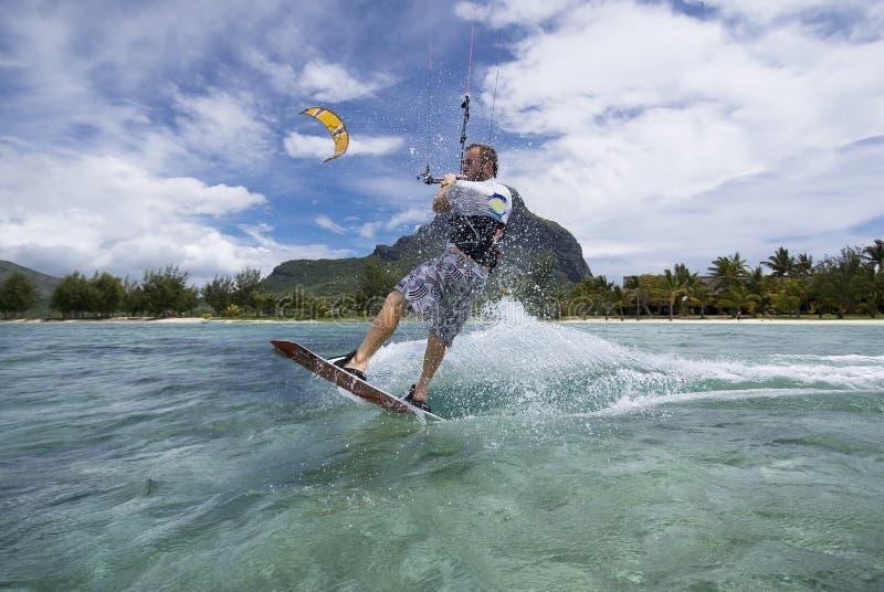 άλμα kiter s στοκ φωτογραφία με δικαίωμα ελεύθερης χρήσης