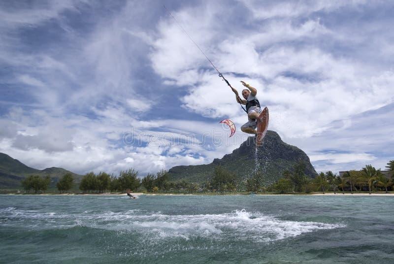 άλμα kiter s στοκ εικόνα με δικαίωμα ελεύθερης χρήσης