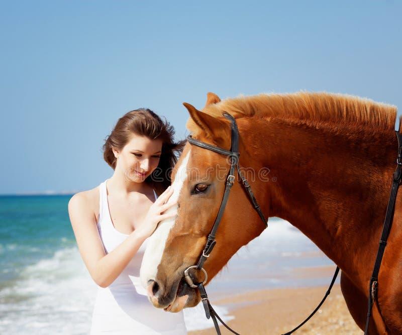 άλογο κοριτσιών στοκ εικόνα