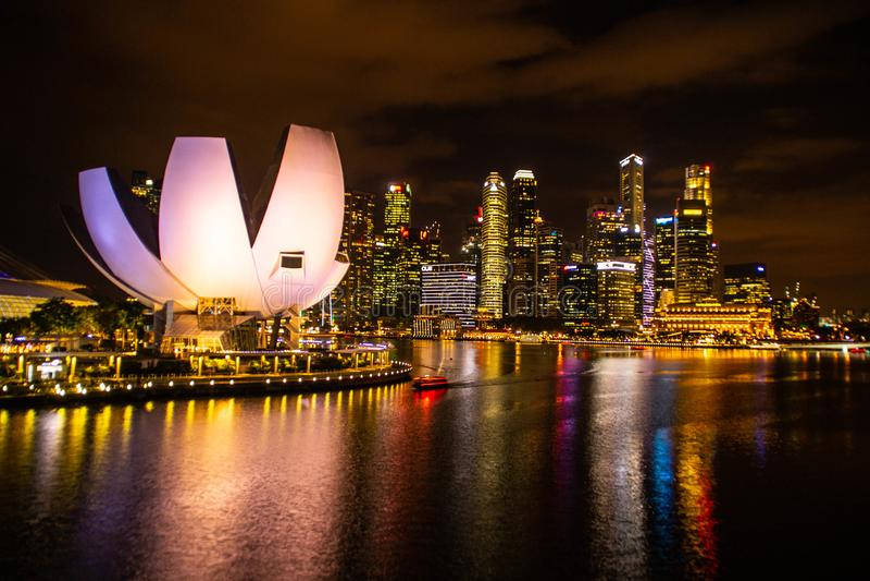 Άμμοι κόλπων μαρινών τη νύχτα, Σιγκαπούρη στοκ φωτογραφία με δικαίωμα ελεύθερης χρήσης