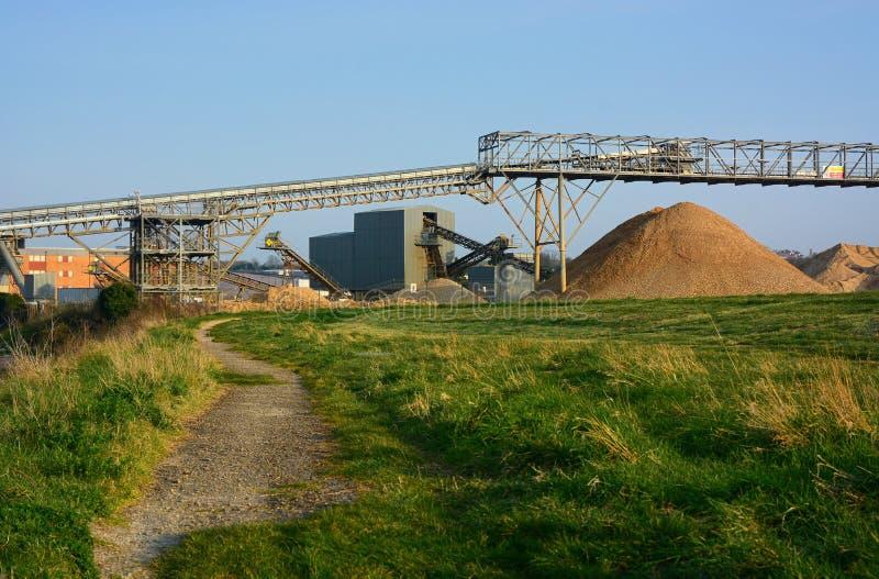 Άμμος και συνολικός μεταφορέας παραγωγής στοκ εικόνες