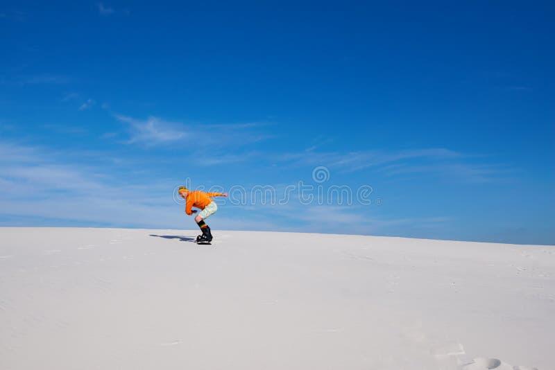 Άμμος που επιβιβάζεται στην έρημο στην ηλιόλουστη ημέρα στοκ εικόνες με δικαίωμα ελεύθερης χρήσης