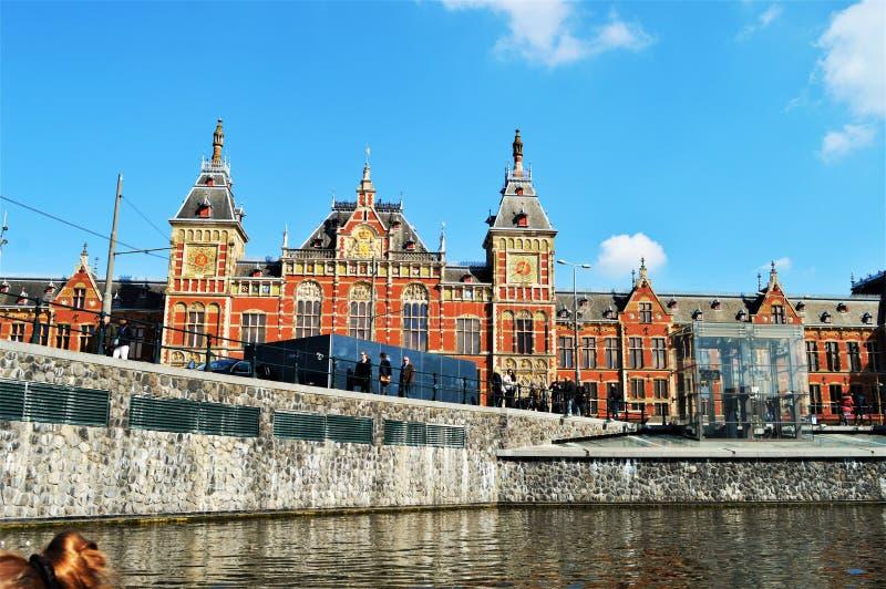 Άμστερνταμ, Κάτω Χώρες, Ευρώπη και ιστορικά κτήρια στοκ φωτογραφία με δικαίωμα ελεύθερης χρήσης