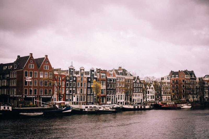 Άμστερνταμ μια νεφελώδη ημέρα στοκ εικόνα με δικαίωμα ελεύθερης χρήσης