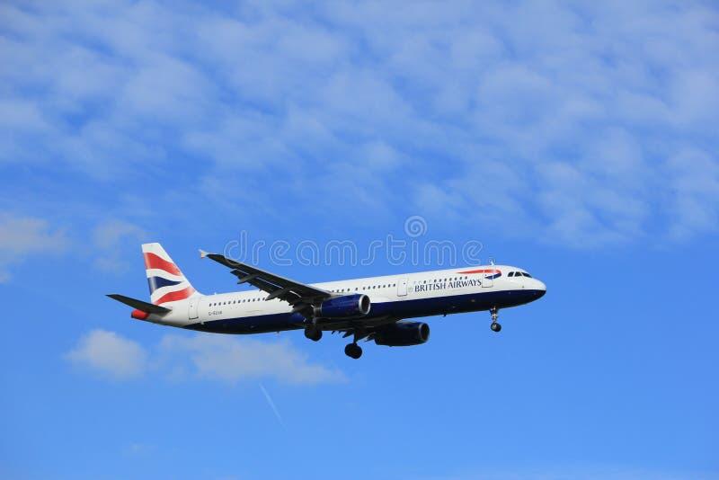 Άμστερνταμ, οι Κάτω Χώρες, Ιούλιος, 15ο το 2016: Γ-EUXK airbus της British Airways A321 στοκ εικόνες