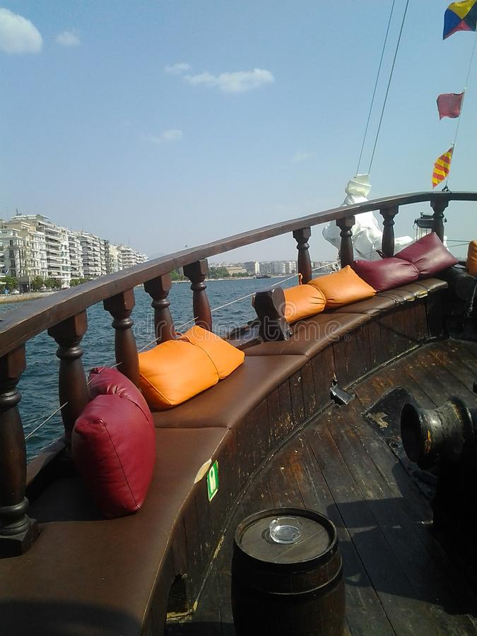 Άνεση σε τζολί σκάφος, ιστιοφόρο στοκ φωτογραφία