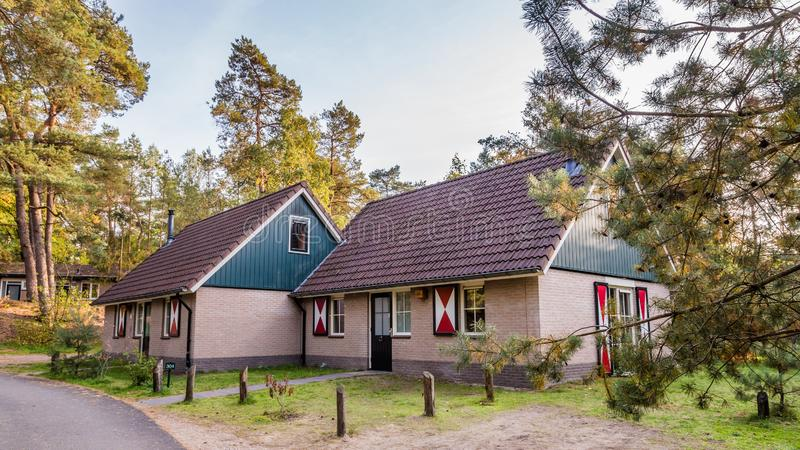 Άνετος λίγο σπίτι διακοπών στις Κάτω Χώρες στοκ εικόνες με δικαίωμα ελεύθερης χρήσης